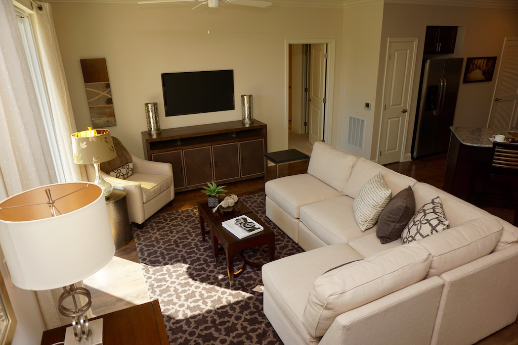 Highland Creek Condo Apartments | image 9