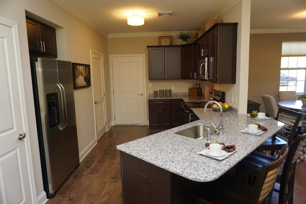 Highland Creek Condo Apartments | image 12