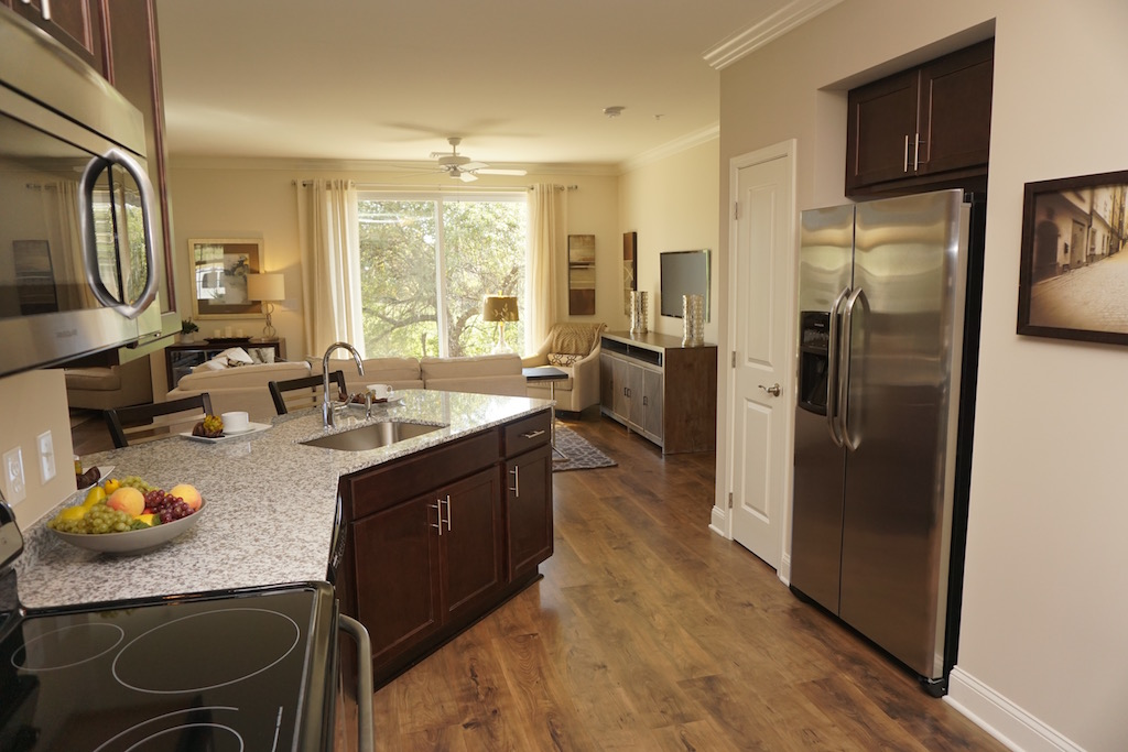 Highland Creek Condo Apartments | image 14